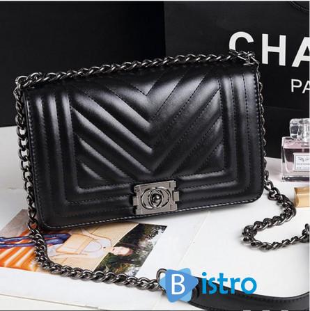 23165b07ebd2 Сумочка Chanel Boy Шанель Бой Шеврон в размере 26см отличное качество, 344  грн.