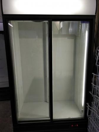витрина холодильная бу стоячая шкаф купе под напитки цветы